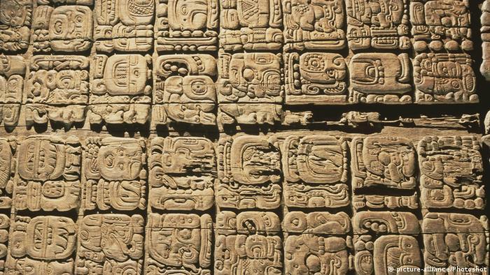 Mexiko Sonnenstein aus Zócalo Azteken Kalender