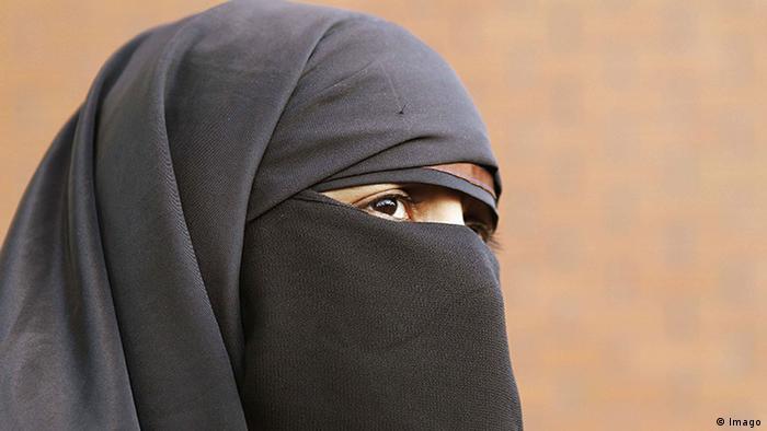 Frankreich Burkaverbot in Paris Gericht 2011