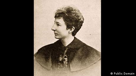 در این سال حق رأی زنان به رسمیت شناخته شد. از ژانویه سال ۱۹۱۹ به بعد زنان در آلمان حق شرکت در انتخابات را داشتند. آنیتا آگسپورگ یکی از زنانی که برای به دست آوردن این حق سرسختانه مبارزه کرد. سال ۱۹۰۲ نخستین انجمن حق رأی زنان در آلمان توسط او بنا نهاده شد.