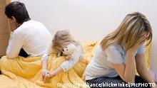 Symbolbild Beziehungskrise Eltern mit Kind