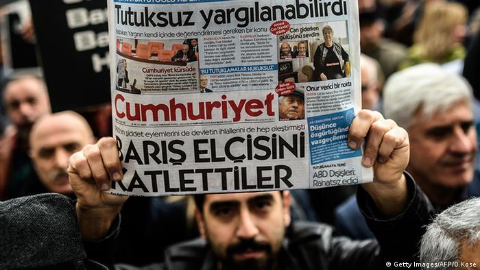 Türkei Zeitung Cumhuriyet