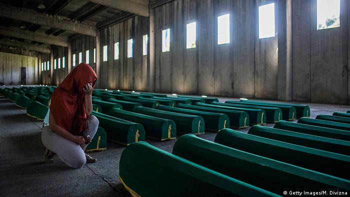 Bosnien Srebrenica Trauer Opfer Massaker (Getty Images/M. Divizna)