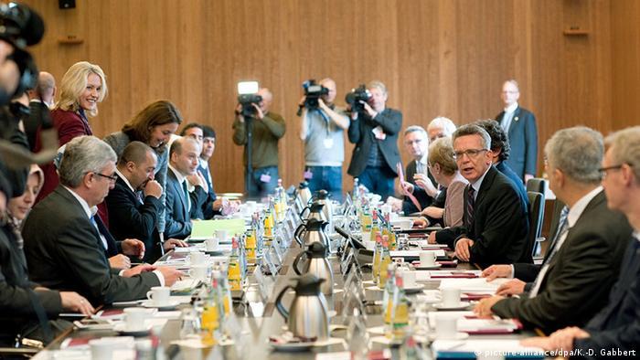 Deutschland - Innenminister de Maiziere auf der Islamkonferenz 2015