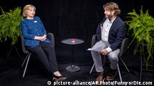 USA Hillary Clinton Zach Galifianakis