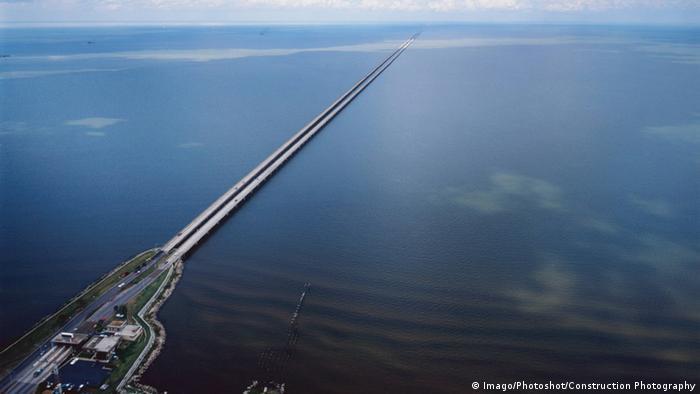 USA Brücke Lake Pontchartrain Causeway (Imago/Photoshot/Construction Photography)
