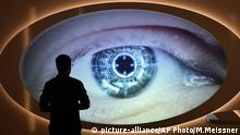 Oberhausen Spy Museum Top Secret Spionage Ausstellung (picture-alliance/AP Photo/M.Meissner)