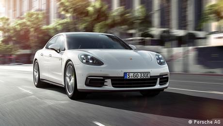 Pariser Autosalon 2016 Porsche (Porsche AG)