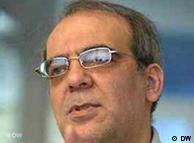 عباس عبدی،  کارشناس مسائل ایران در تهران