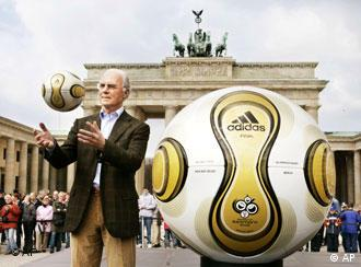 Who else would you get but the man with the Midas touch to present the Teamgeist Berlin?
