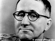 Bertolt Brecht, em 1956
