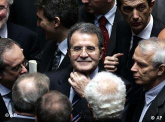 Im Mittelpunkt der italienischen Politik, doch ein schwacher Regierungschef: Romano Prodi