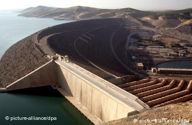 Atatürk-Staudamm in der Türkei