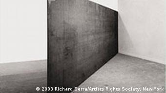 Guggenheim-Ausstellung in Bonn Richard Serra Strike