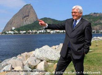 El ministro alemán del Exterior, Frank-Walter Steinmeier, quedó cautivado en Río de Janeiro.