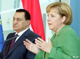 Merkel recibió al presidente egipcio (der.) en mayo pasado.