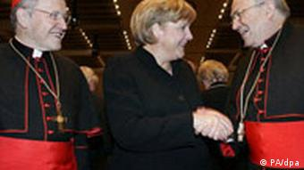 Chancellor Merkel (c)expressed good wishes to Lehmann (r) on his 70th birthday in 2006