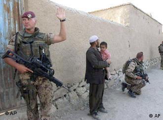 Afganistan'da ISAF dahilinde 9 bin asker görev yapıyor