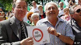 Demonstration gegen gegen NPD-Kundgebung in Gelsenkirchen Franz Müntefering