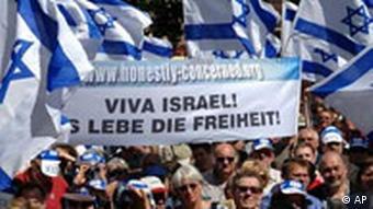 WM Fußball Iran Demonstration gegen Ahmadinedschad in Nürnberg