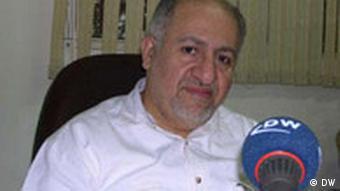 محمدجواد حقشناس، عضو شورای مرکزی حزب اعتماد ملی و مدیر مسئول روزنامه توقیف شده اعتماد ملی