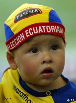 El fútbol tendrá nuevos aficionados como este pequeño ecuatoriano.