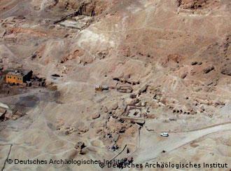 اكتشافات أثرية هامة في غرب الأقصر للمركز الألماني للآثار المصرية 0,,2070113_4,00