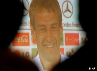 Optimistisch: Jürgen Klinsmann auf der Pressekonferenz