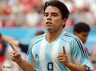 Argentina's forward Javier Saviola faces Germany on their home turf Friday