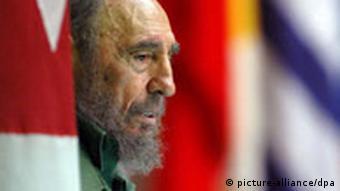 Castro kurz vor seinem Rückzug aus der Politik im Juni 2006 (Quelle: dpa)
