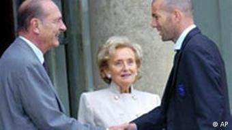Zinedine Zidane und Jacques Chirac