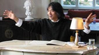 Monumente der Klassik - Kent Nagano, Schreibtisch, DW-TV