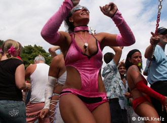 A female dancer at the Love Parade