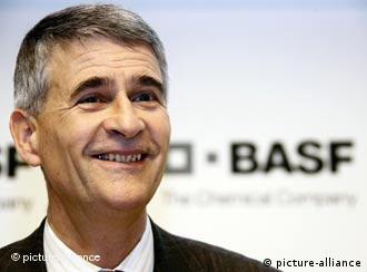 德国经济亚太委员会主席、化工集团巴斯福董事长于尔根.汉布莱希特