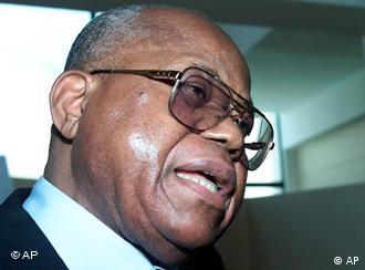 Etienne Tshisekedi se considera presidente eleito da RDC