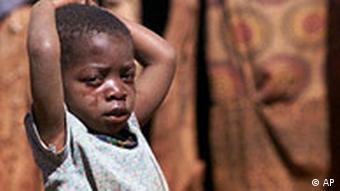 Flüchtlingskind in Angola