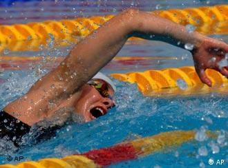 Britta Steffen on her way to the 100-meter freestyle world record in Budapest