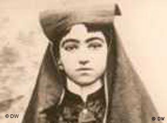 زنان قاجاری که روبند را برداشتند