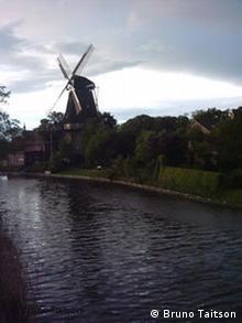Ostfriesland Windmühle Hinte Mühle Foto Bruno Taitson