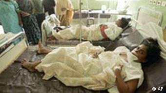 Women victims of shelling between gSri Lankan government forces and Tamil Tiger separatists