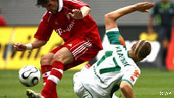 Bayern-Spieler Owen Hargreaves (links)