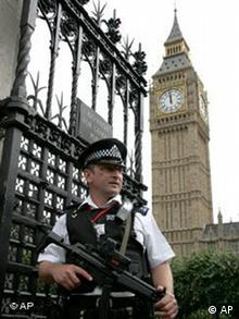 EU Anti Terror Konferenz in London Polizei Sicherheit
