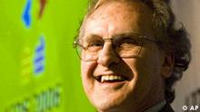 UN Special Envoy for HIV/AIDS in Africa Stephen Lewis moderates a symposium on HIV and Food Security at the 16th World Aids Conference in Toronto on Thursday, Aug. 17, 2006. (AP PHOTO/CP, Frank Gunn)