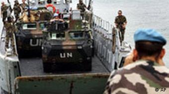 UN Truppen aus Frankreich kommen in Libanon an