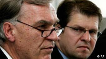 Terror Deutschland Schleswig-Holsteins Innenminister Ralf Stegner