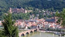 Deutschland Stadt Heidelberg mit Brücke