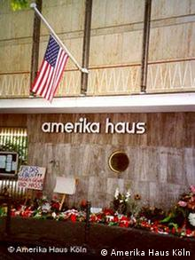 Amerika Haus Köln am 11. September 2001