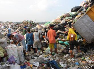 Täglich werden in Manila 7000 Tonnen Müll produziert