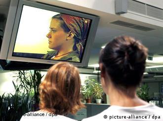 Natascha'nın anlattıklarını Avusturya'da milyonlar televizyonları başında dinledi