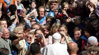 Papst Benedikt XVI. in Bayern - Altötting