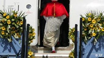 Papst Benedikt in Deutschland Abschied Flughafen München